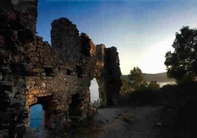 parga_castle2